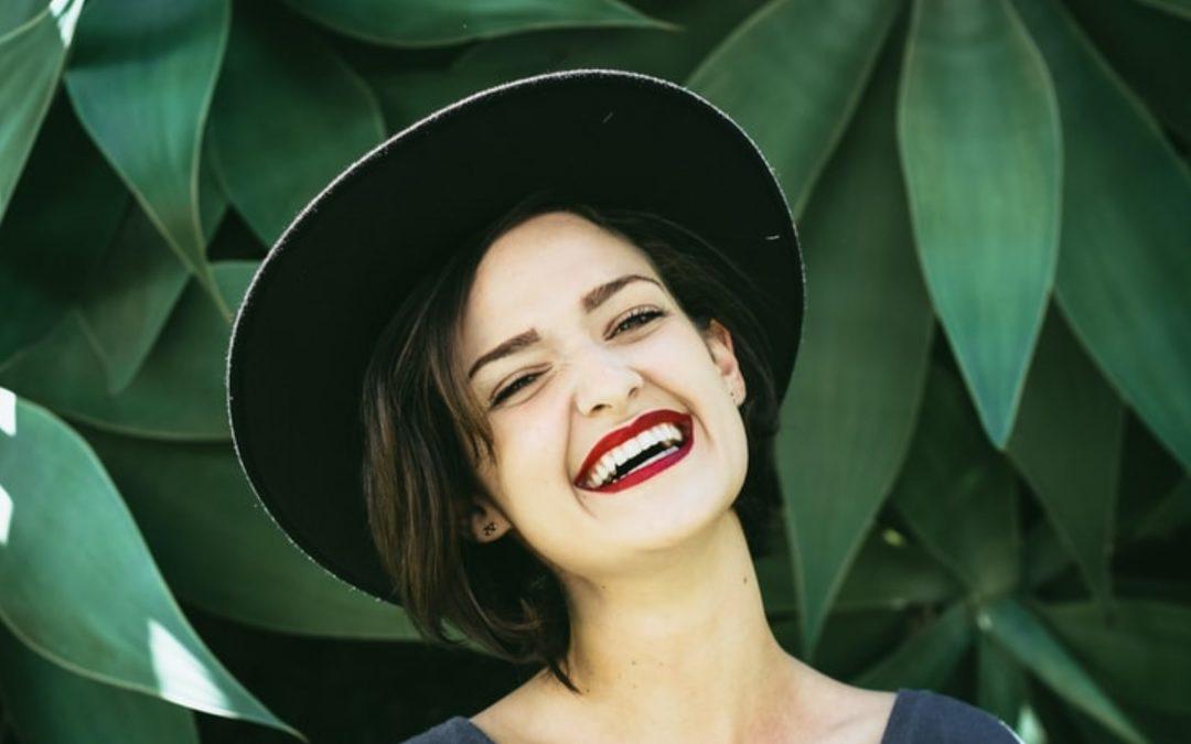 Ridurile zâmbetului: riduri laba gâștii